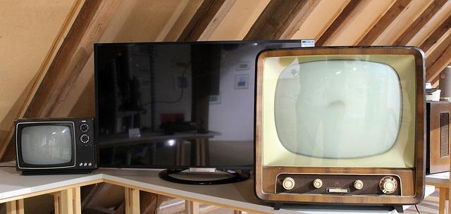 tv-629874_640