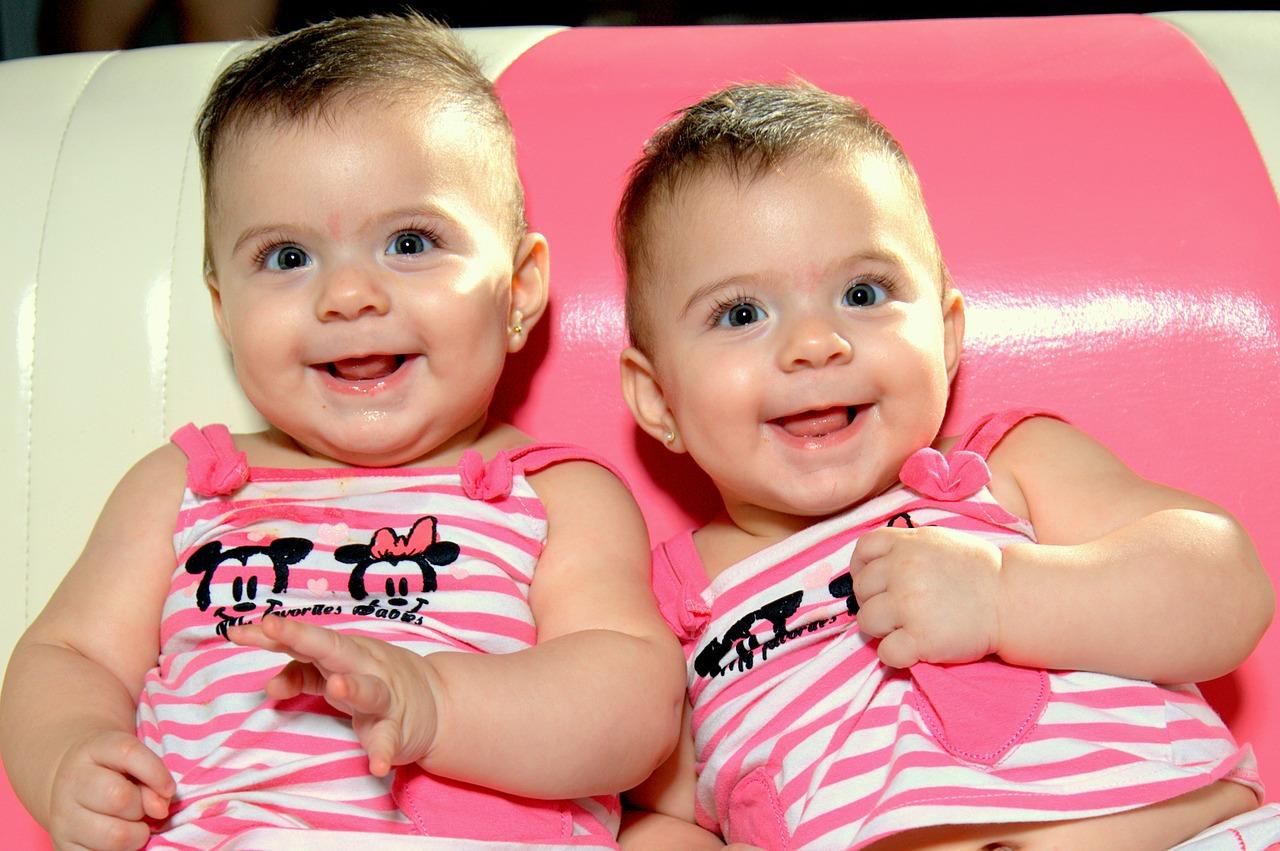 baby-507335_1280